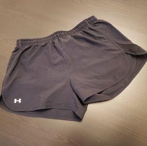 Under Armour heat gear women's shorts black medium